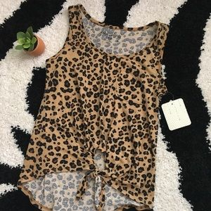NWT Cheetah Tie Front Top XS